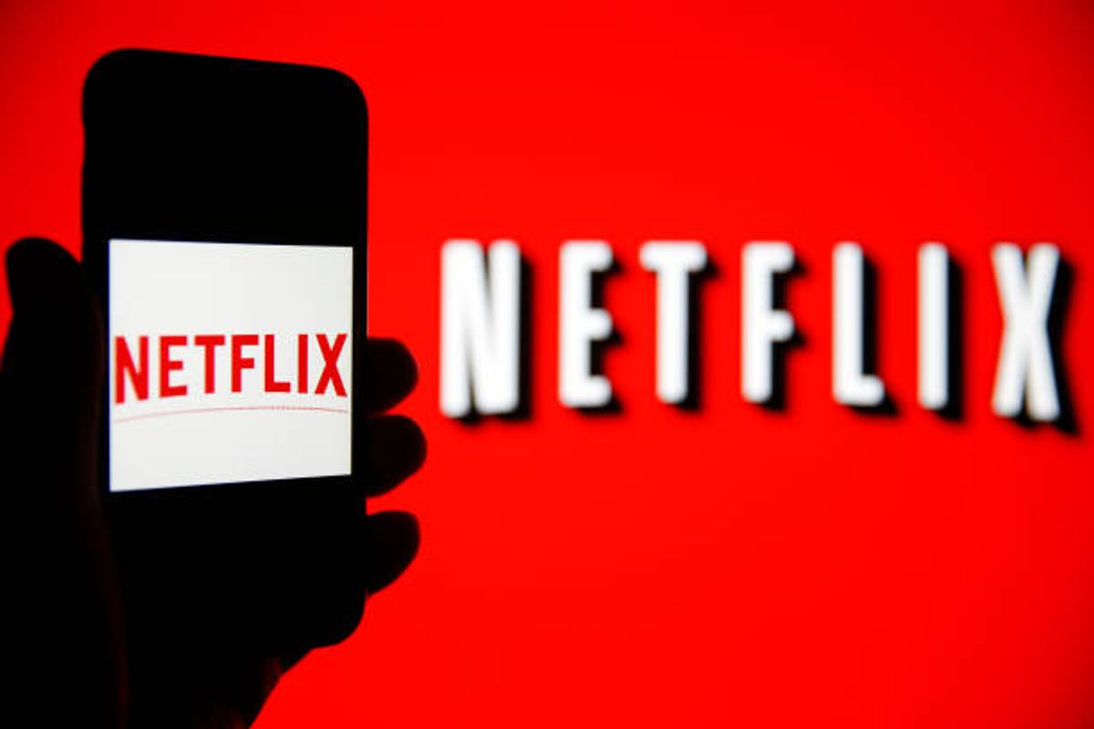 Netflix Live Streaming – 10 Reason why you should Join Netflix